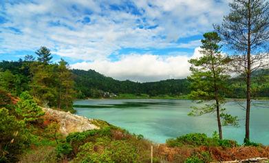 Linau Lake Tomohon sulawesi adobe.jpeg