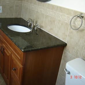 Bathroom-Granite-Countertops.jpg