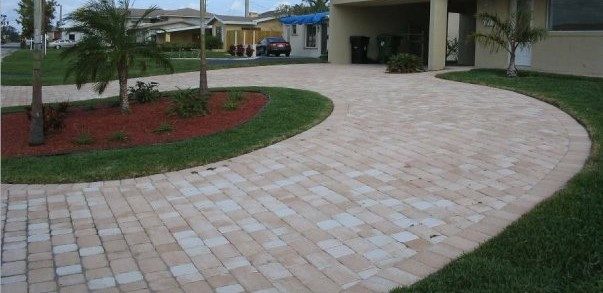 Old Miami Paver Tan-coral- white mix Run