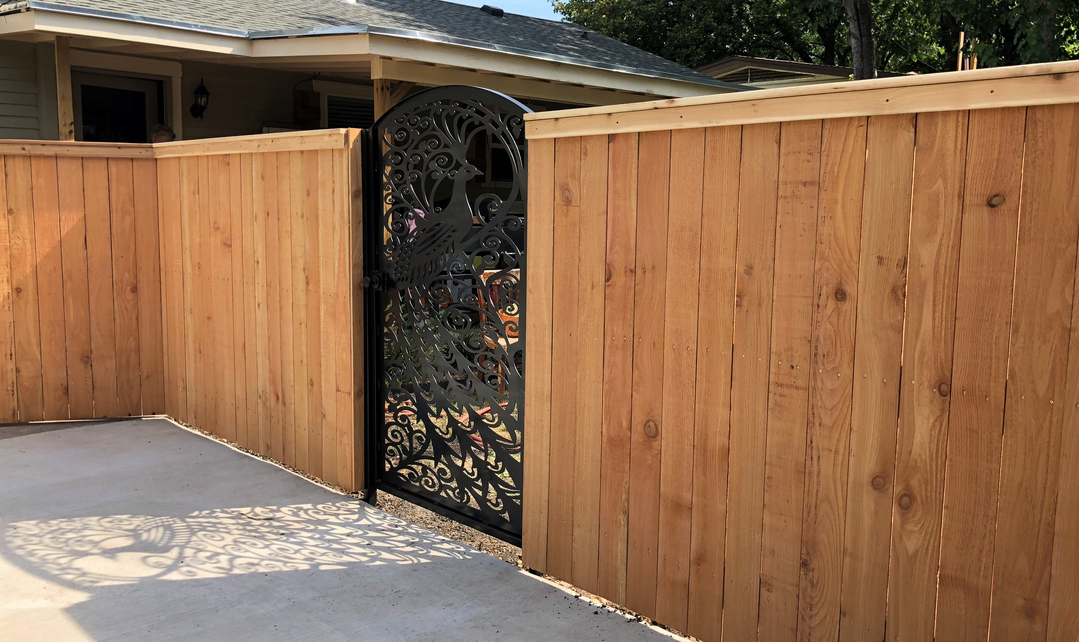 Cedar Fence w/ Peacock Walkway Gate