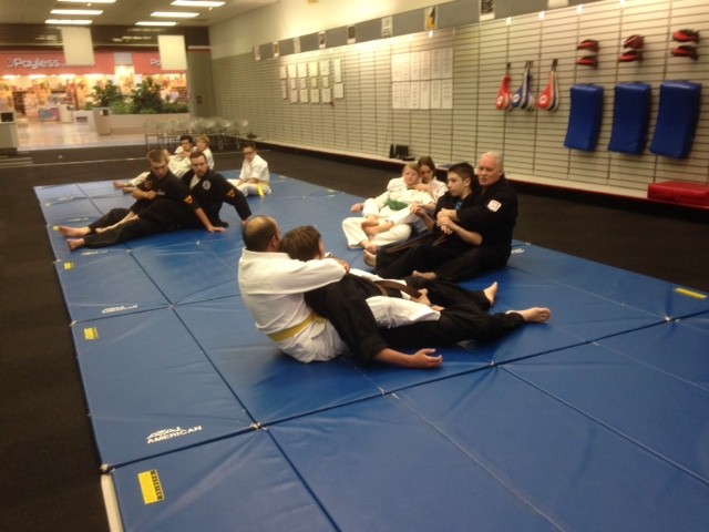 Grappling session 061515 p3.JPG