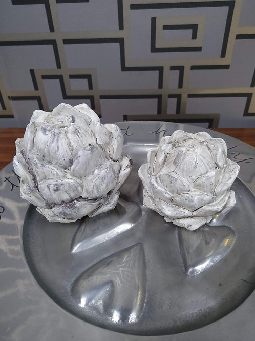 Small antique finish decorative artichoke