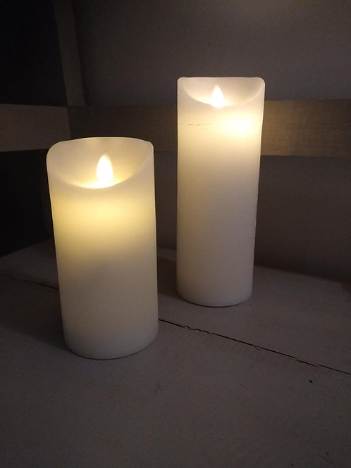 Large Flicking Flame White Pillar Candle (battery operated with timer)