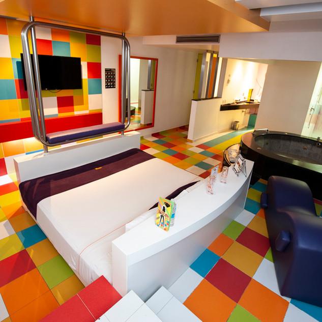 poplifehotel36.jpg