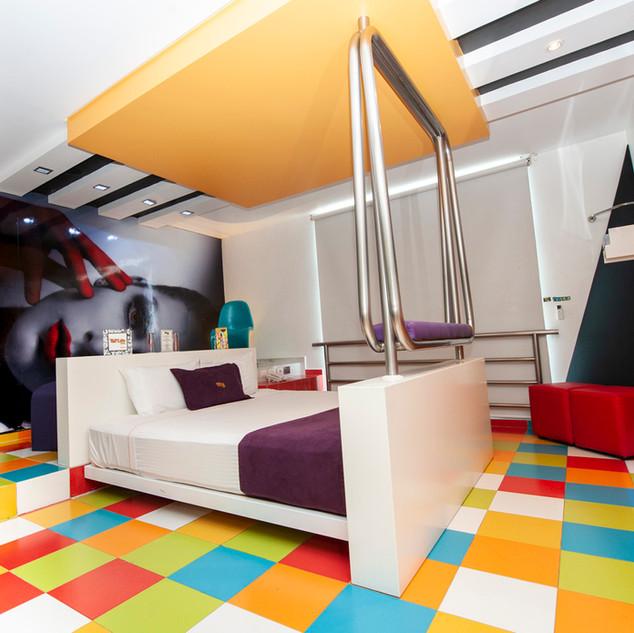 poplifehotel35.jpg