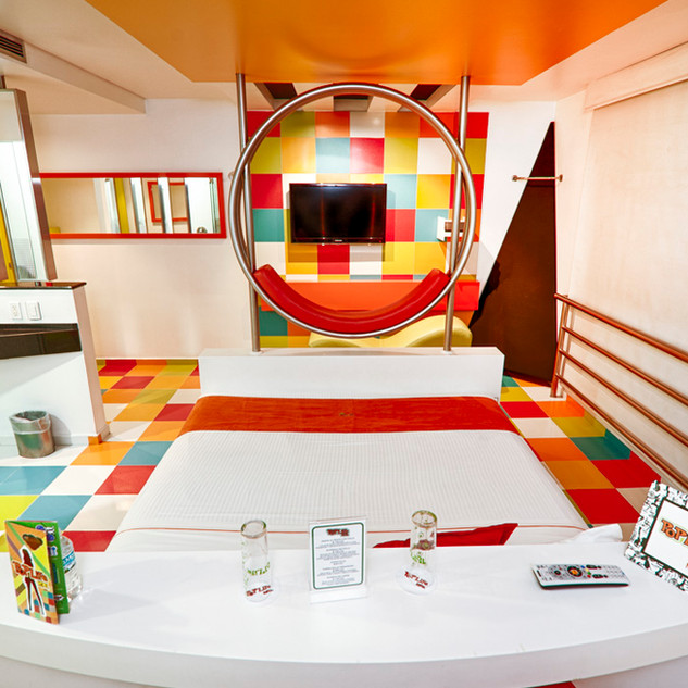 poplifehotel45.jpg