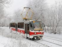 На автобусе или в автобусе? На метро или в метро? В трамвае или на трамвае? Как правильно