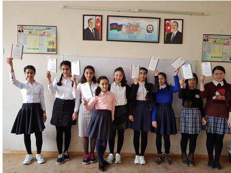 Олимпиада по русскому языку прошла в западном регионе Азербайджана. Фоторепортаж