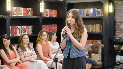 Лейла Курбанова. Русскоязычная поэзия Азербайджана