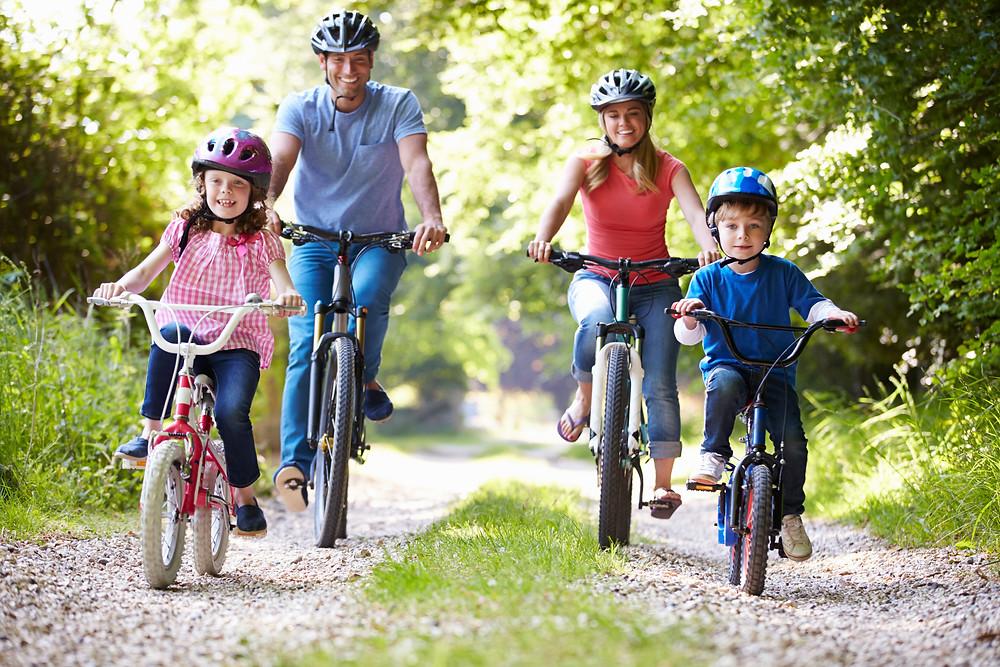 Bikes / Bike Riding / Bike Trails / Family Biking / Family Bike Ride / Fathers Day Bike Ride / Fathers Day Activities