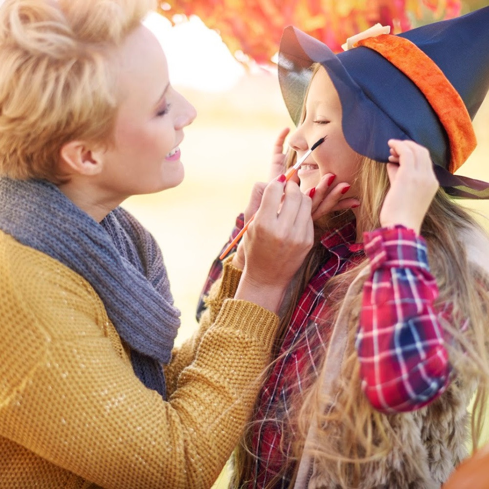 Fall Harvest Festival Ideas / Harvest Festival Activities for kids / Face Painting Ideas / Face Painting for kids / Face Painting / Removable Tattoos / Face Painting Stencils / Face Painting Paints / Halloween Face Painting