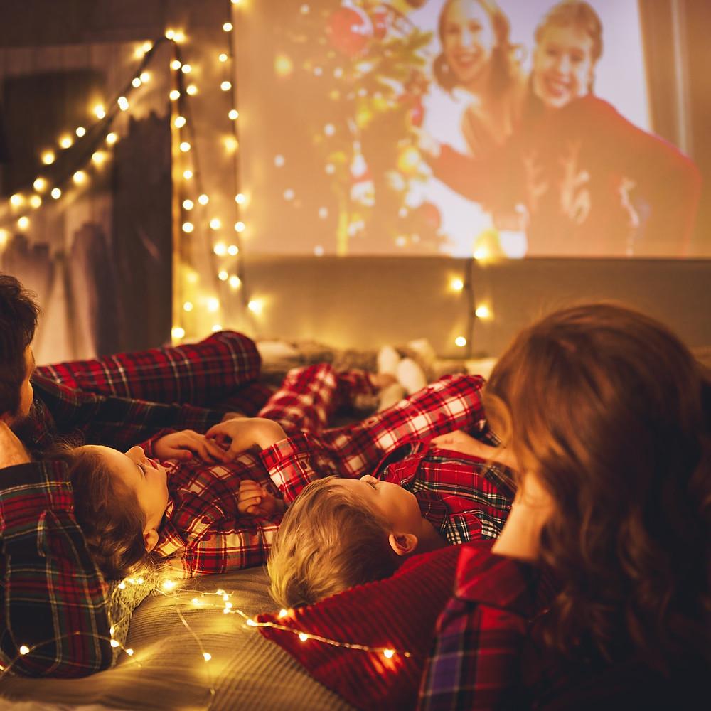 Family Movie Night, Holiday Movie Night Printables, Winter Movie Marathon, Holiday Movies, Winter Movies