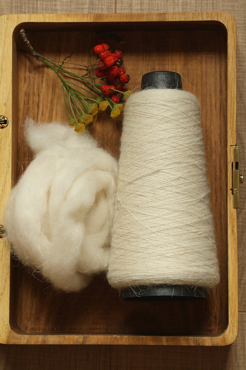 Soft yarn from combed Orenburg goat down