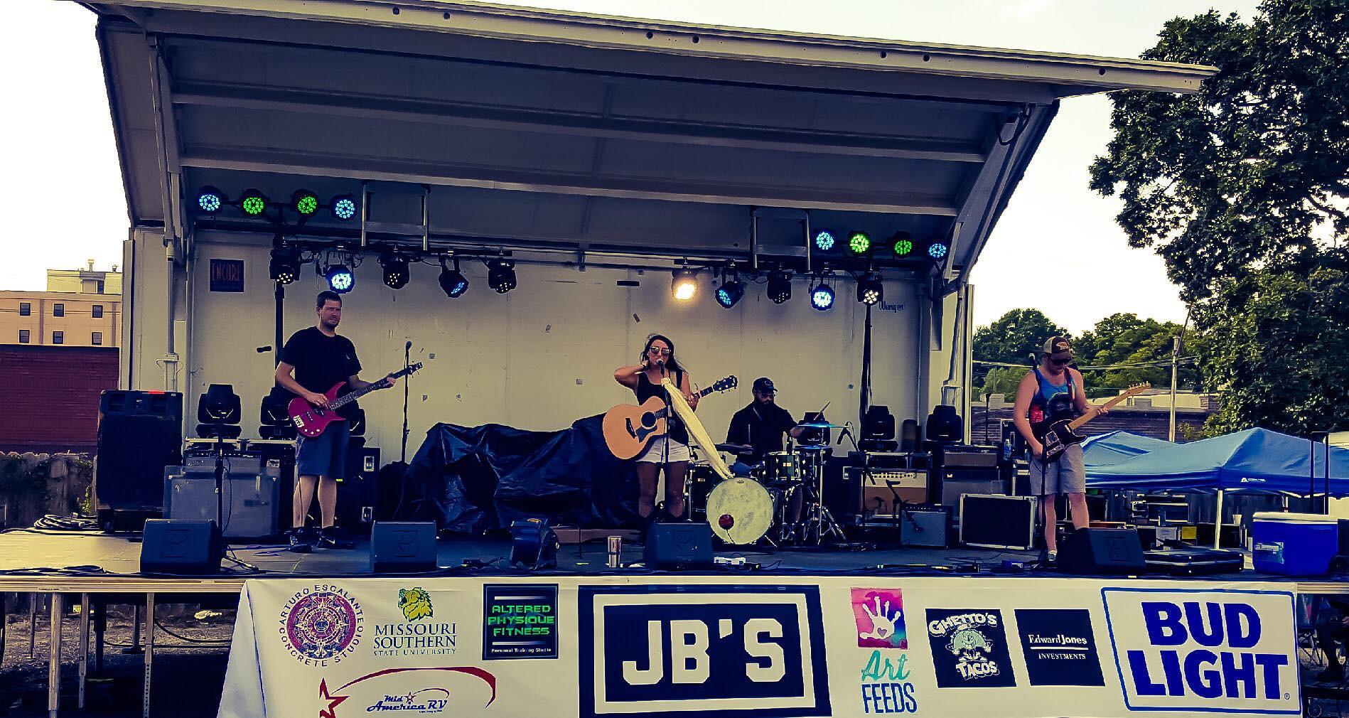 jbs show.jpg