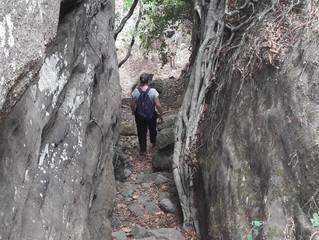 Bompie ... en de 6 bergbeklimmers trotseren de MONT GANGAN