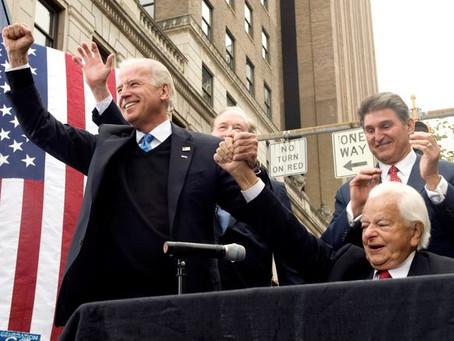 Yes, The Pic of KKK member Robert Byrd With Joe Biden Is Real