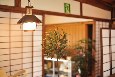 店内 ランプ