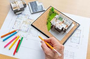 注文住宅の構造を考える様子
