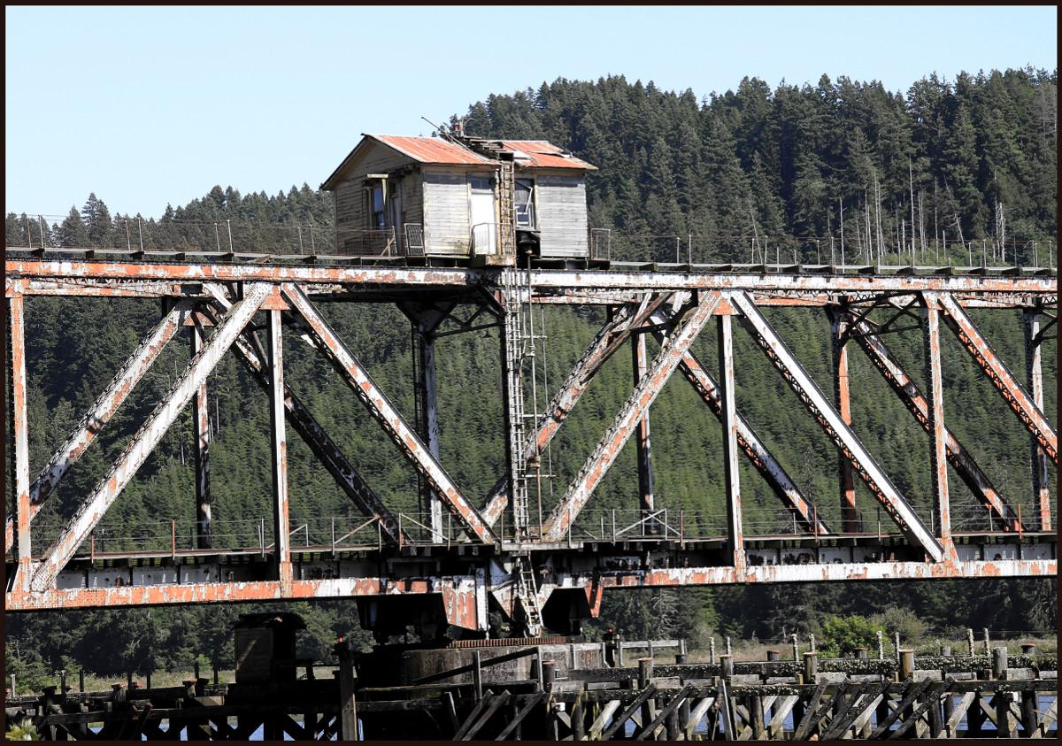 EXH.Draw Bridge Shack 1006.042.DT_7067_2013 Resized.jpg