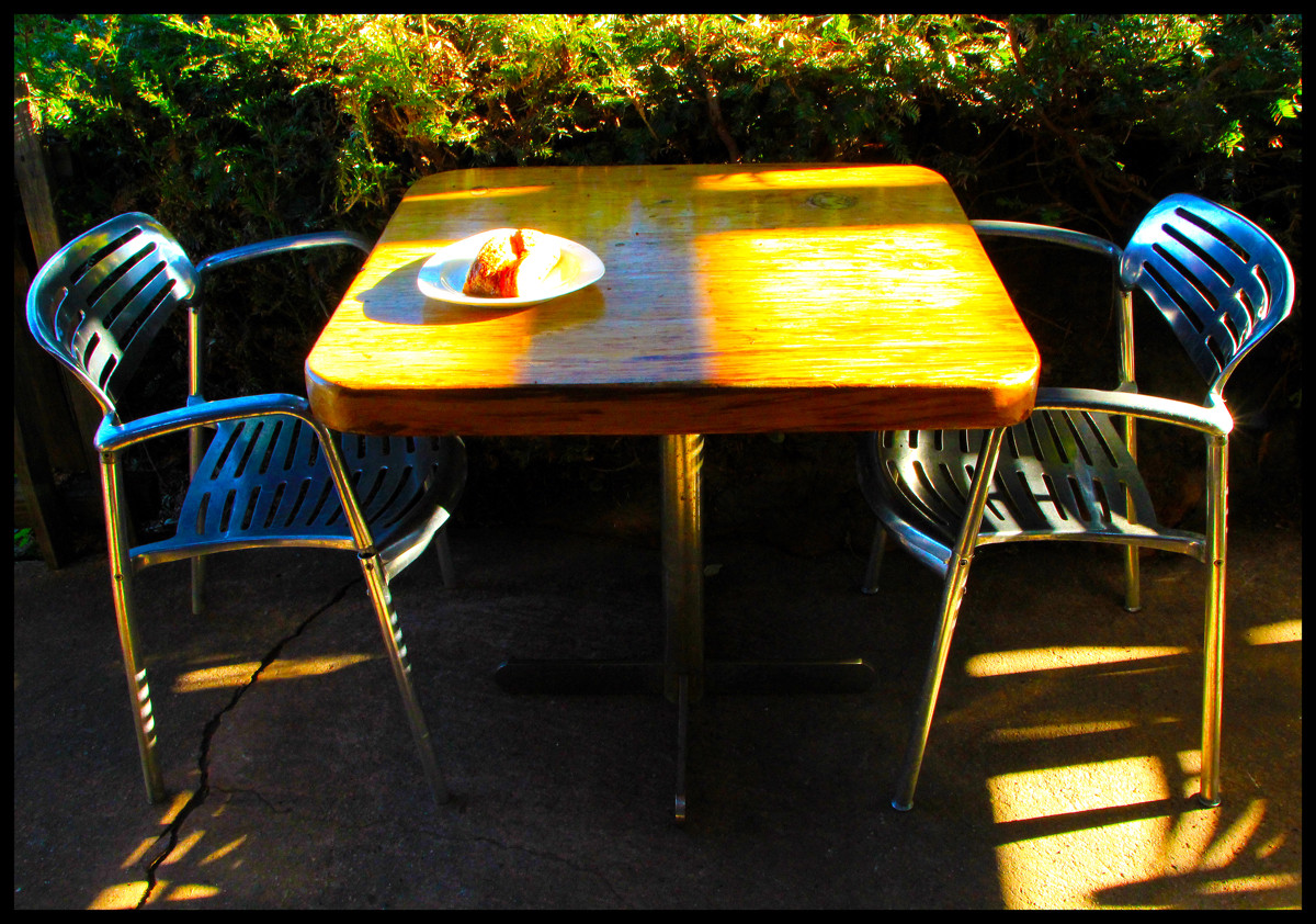 EXH.Outside Table Big Sur Bakery 1112.052.DT_2320_2011.jpg
