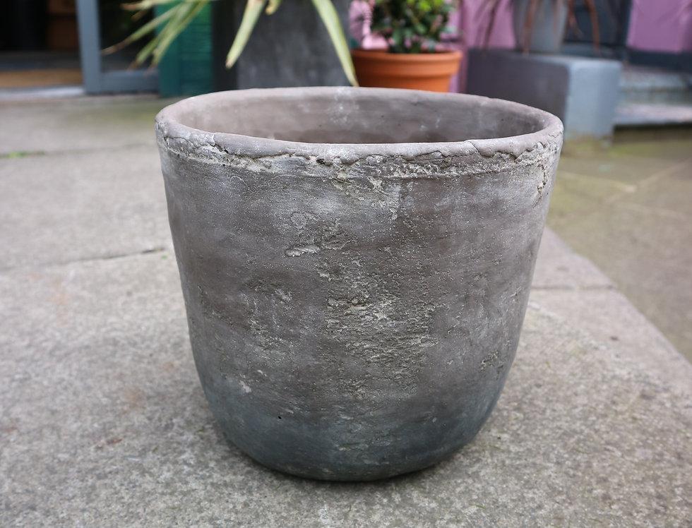 Gerd Concrete Pot
