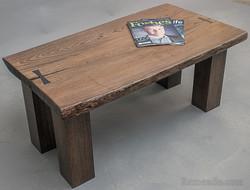 Журнальный стол из массива