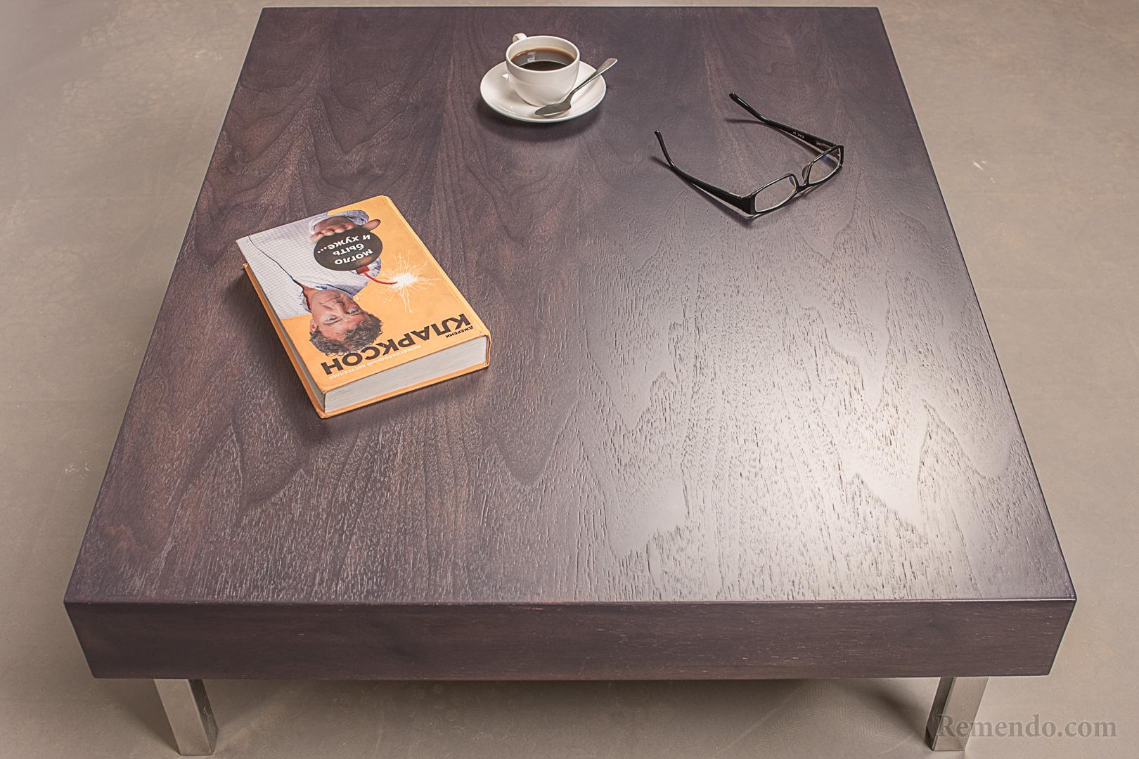 Кофейный столик для гостиной