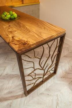 Стол из слэбов дерева