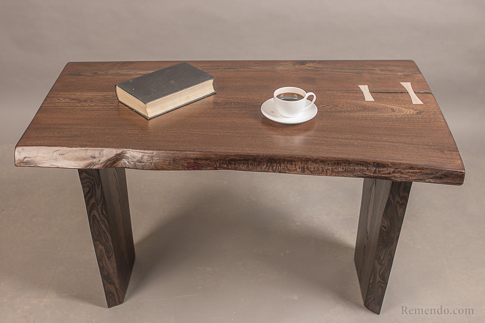 Журнальный столик из массива