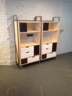 Небольшие офисные шкафчики из фанеры