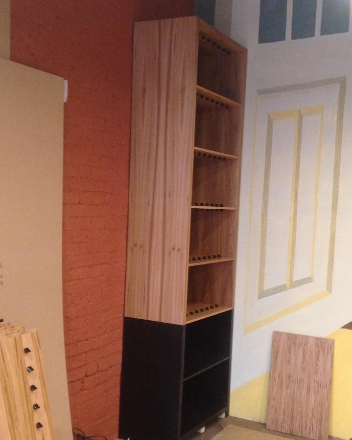 Мебель из шпона карагача