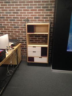 Шкафчик из фанеры в офис