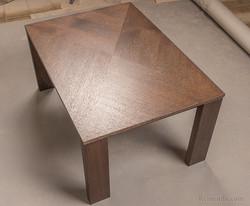 Кофейный столик стильный