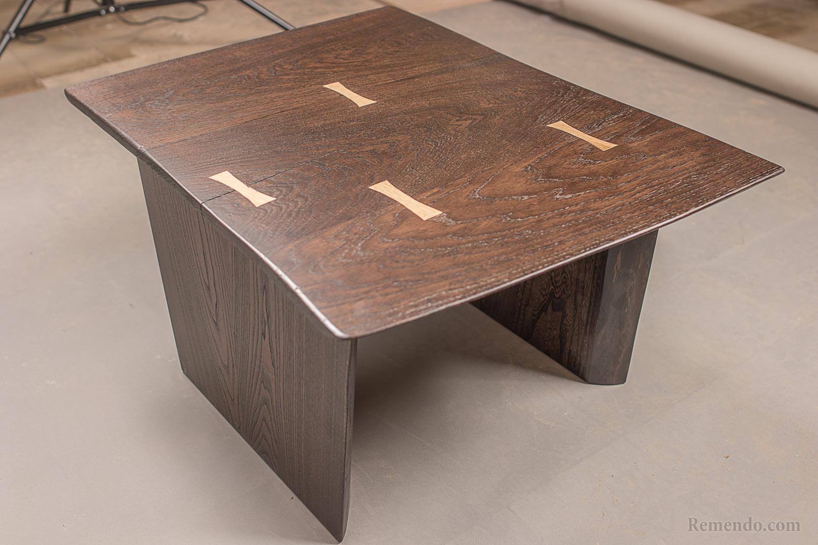 кофейный стол из массива дерева