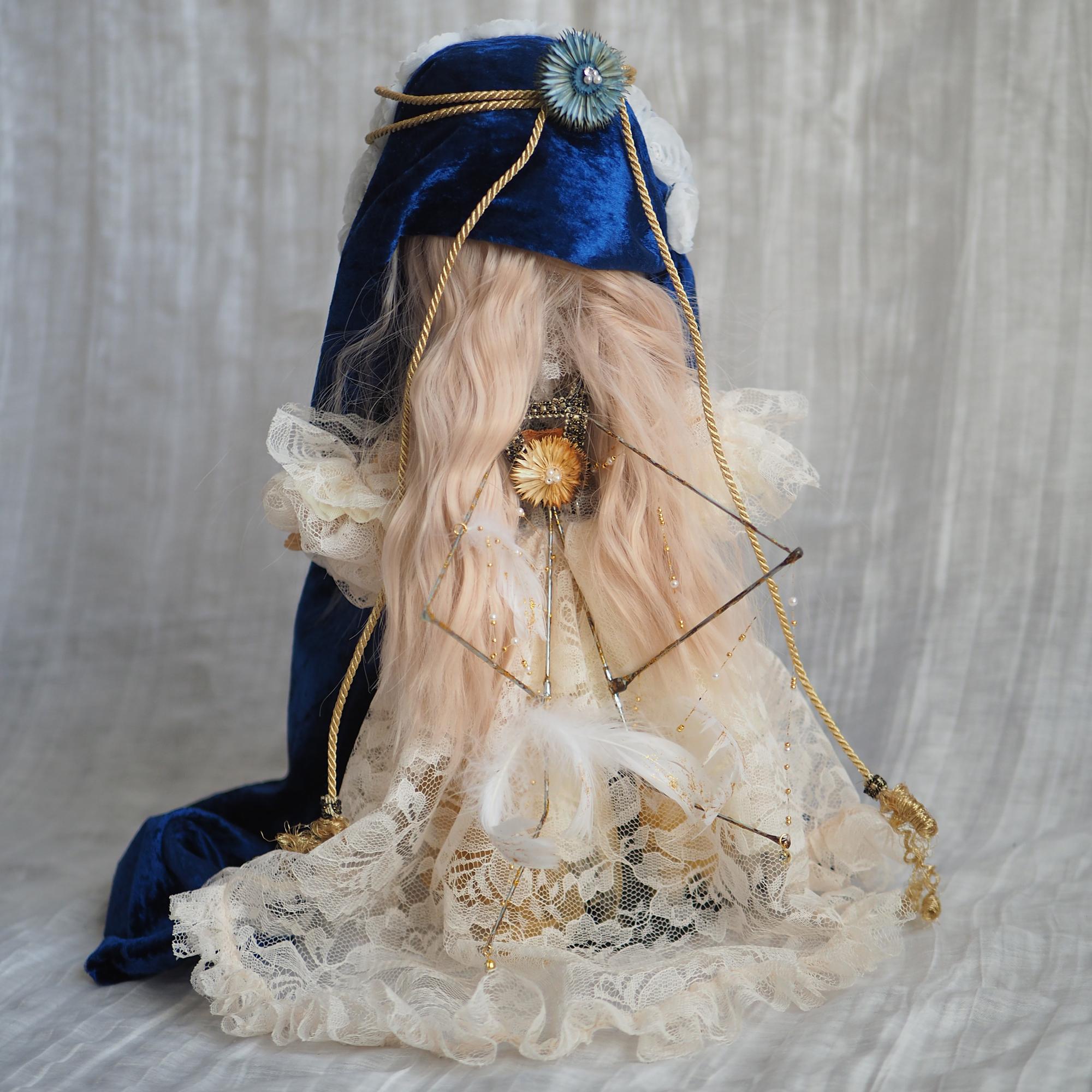 Madonna blue(マドンナブルー)後ろ