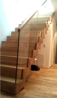 Holztreppe.jpg