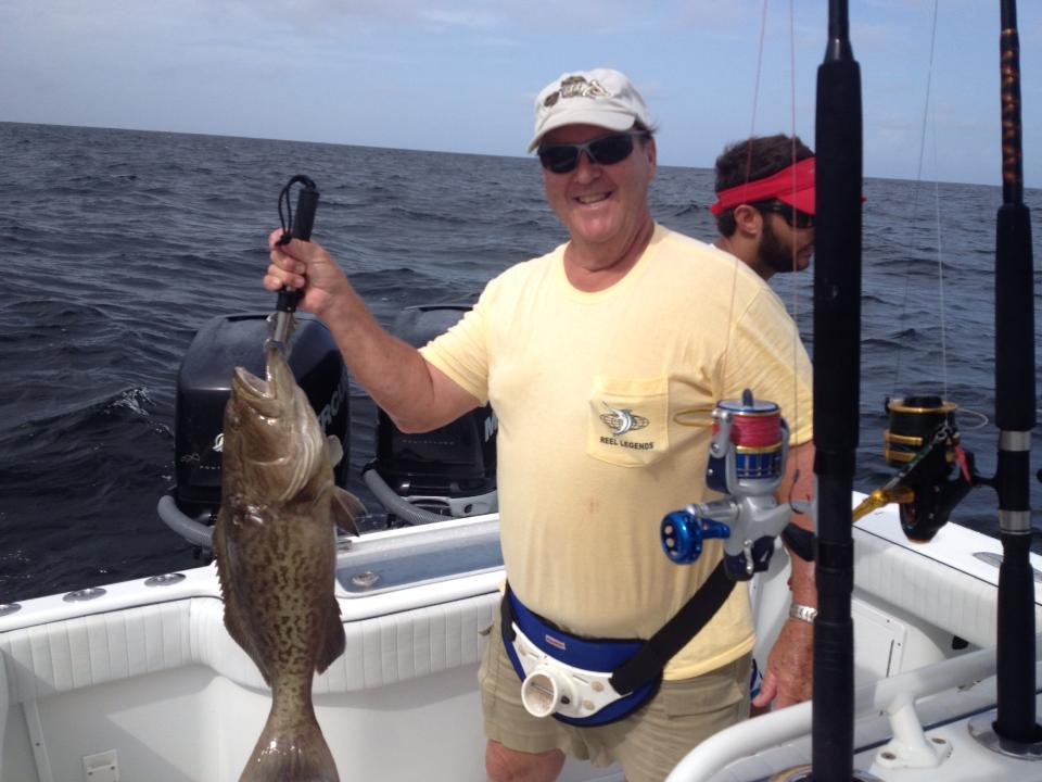 Sarasota Nearshore grouper fishing