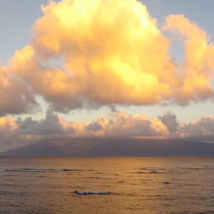 Sunrise from the Lanai looking at Molokai