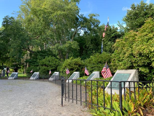 Lexington Monument to those who served on Ships Named Lexington pc/jgs