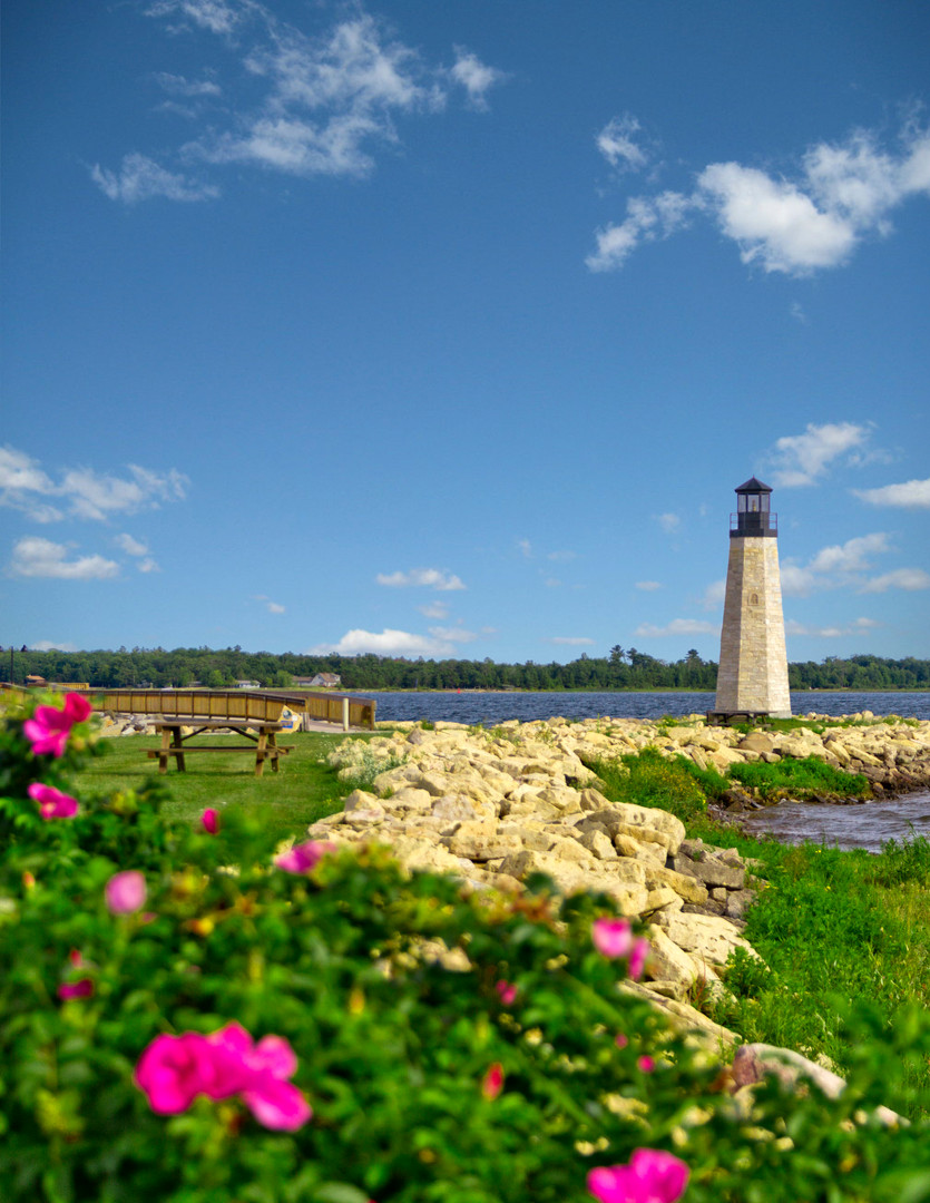 Van Cleve Park Lighthouse in Spring