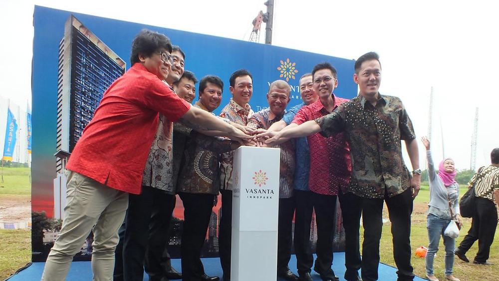 PT Sirius Surya Sentosa selaku pengembang terbaik dan terpercaya asal Indonesia, pada hari ini mengadakan upacara peletakkan batu pertama ground breaking.