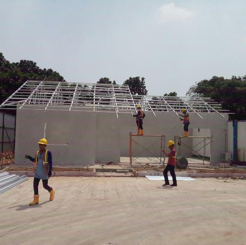 Pembangunan site office main contractor (28 Agustus 2018)