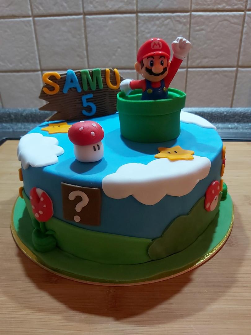 Super Mario Torte (Kundenfoto)