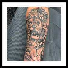 LION AND CROWN LOWER FOREARM