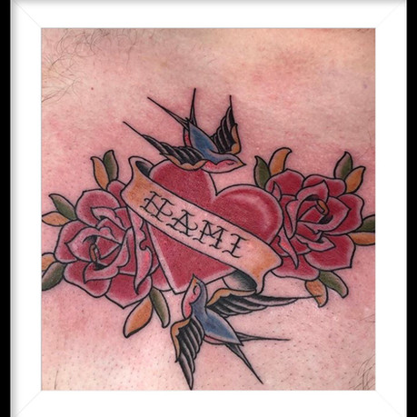 TRADITIONAL ROSES, SWALLOW AND HEART