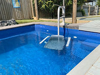 Accessible holiday house with pool hoist