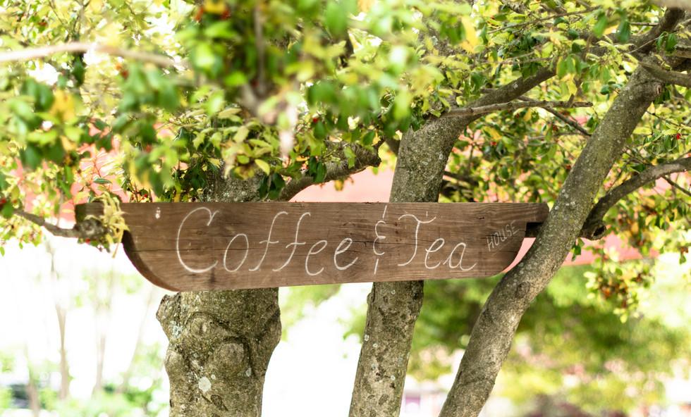 Back Street Brews Coffe and Tea Shop Sign