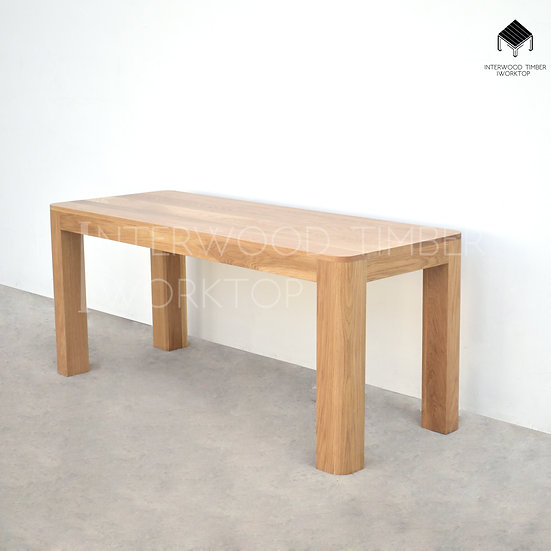 Curve Corner Table