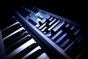 楽曲制作,LIVE音源制作,作詞,作曲,編曲,アレンジ,見積り,依頼,ボカロP,