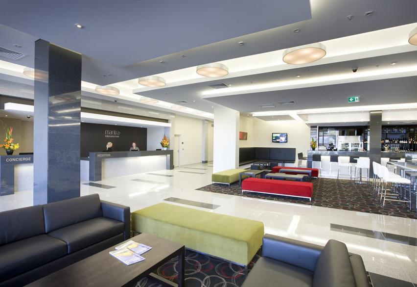Mantra-Tullamarine-Hotel-Lobby.t32219.jp